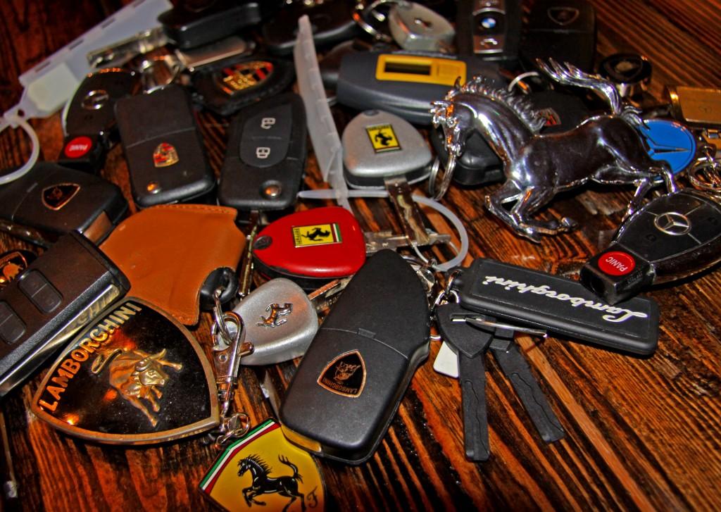Ferrari-Lamborghini-Keys-1024x727.jpg