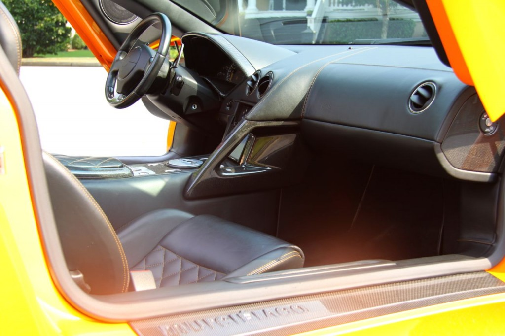 Murci Roadster Interior