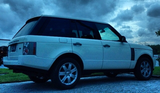 2008 White/Ivory Land Rover Range Rover HSE for sale