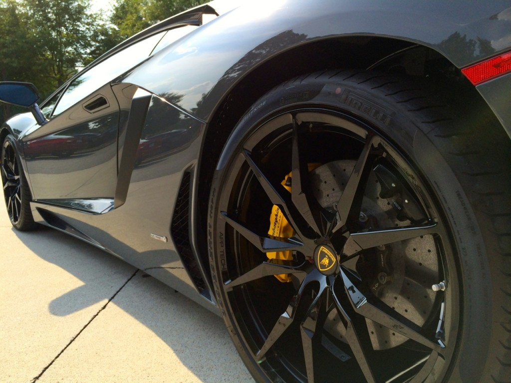 Shiny Black Dione Forged Wheels