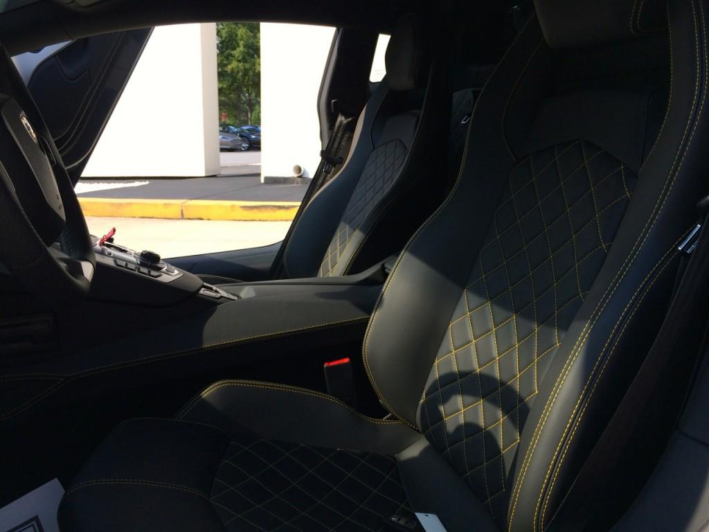 Lamborghini Aventador Q Citura Stitching